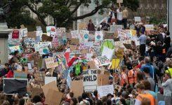 Bonaccini (CCRE/CEMR), cambiamento climatico: siamo con i giovani! In ballo il futuro del Pianeta