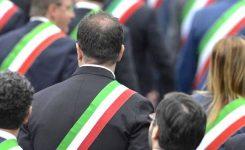 Maggioranza politici italiani insoddisfatta del peso degli enti locali in Europa
